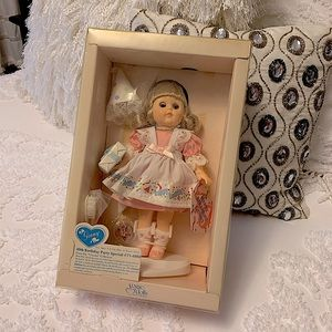 Vintage new in box Ginny doll